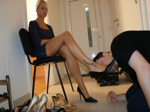 Shoe Worship with Princess Paris